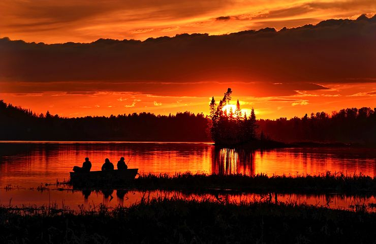 sunset-1421010__480.jpg