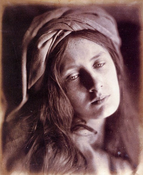 490px-Study_of_Beatrice_Cenci,_by_Julia_Margaret_Cameron.jpg
