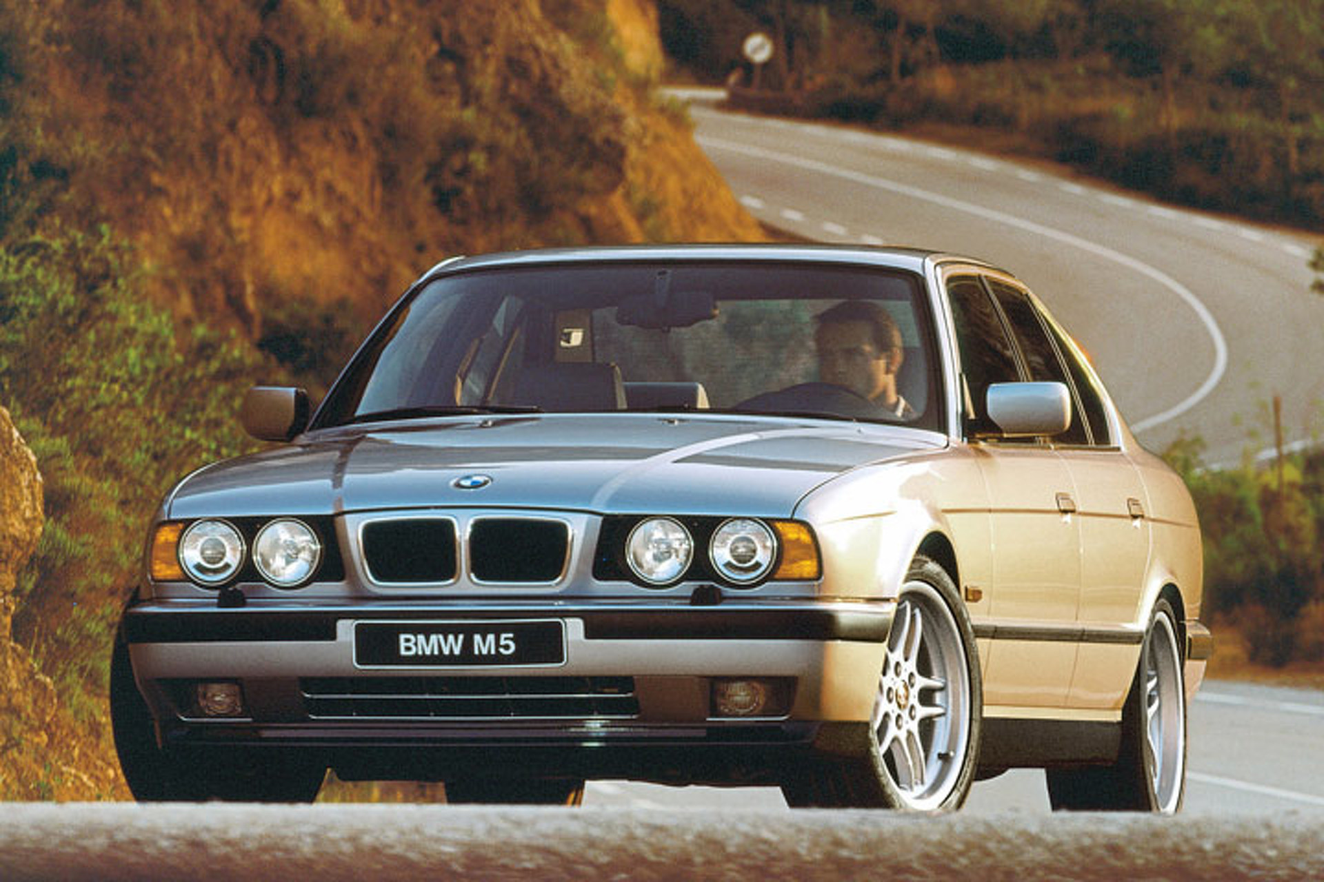 10-cars-that-defined-the-90s.jpg