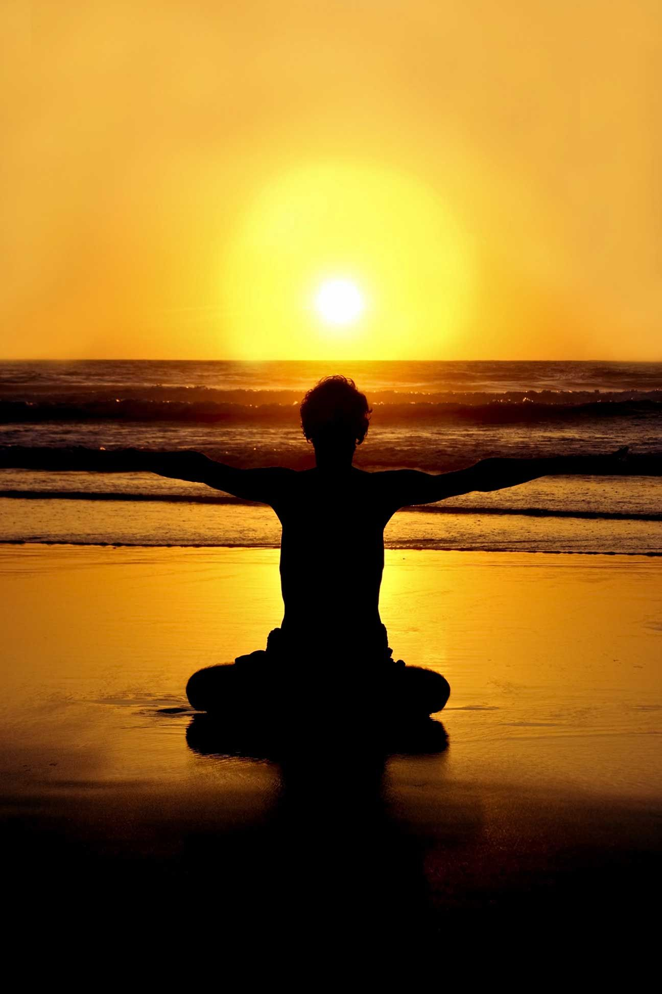 istock_hot_yoga_sunset.jpg