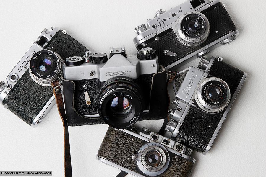 первом фото скупка ретро фотоаппаратов тело