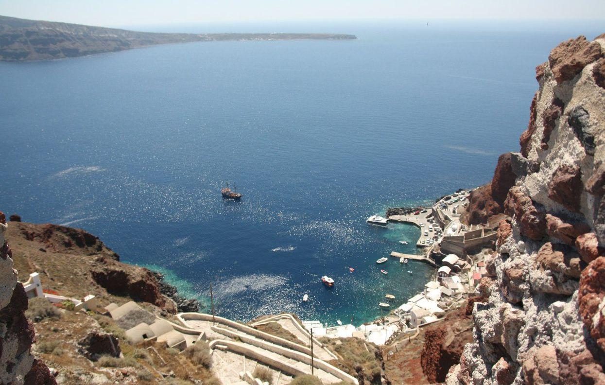 Santorini_thira1.jpg