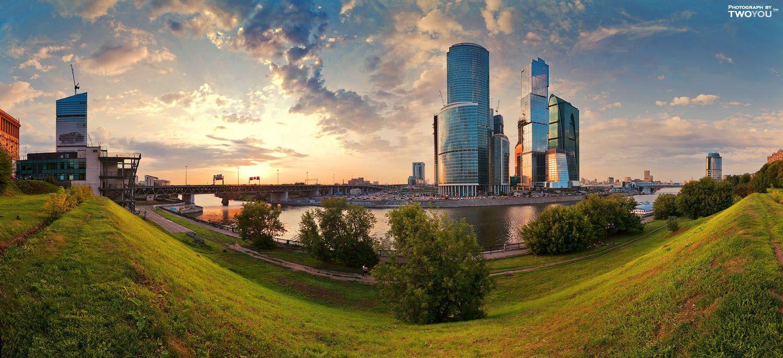 Панорама дня: Москва-сити на закате