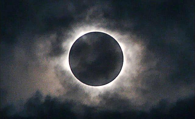 Затмение луны ф.jpg