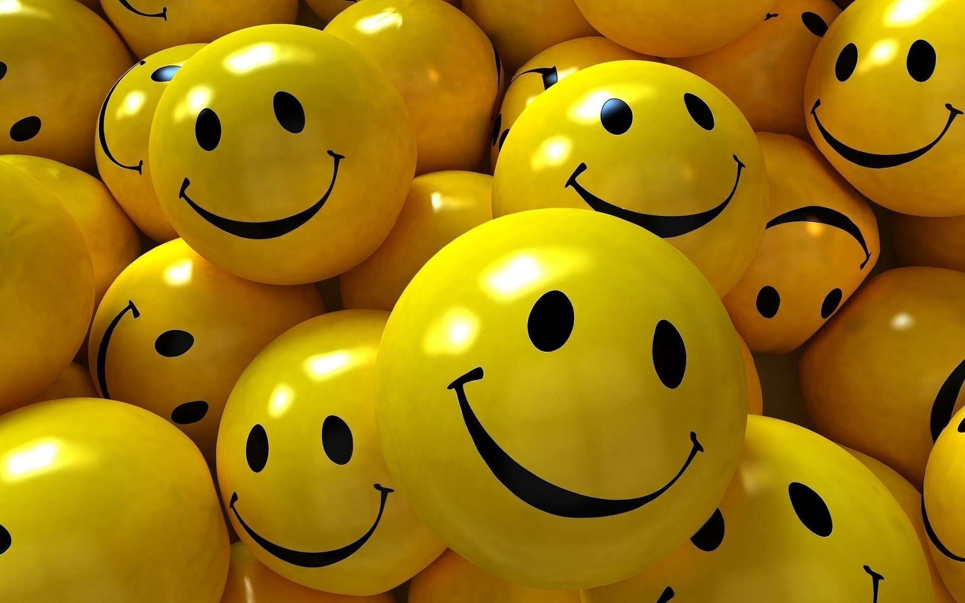 Wallpaper-Of-Smiley-Faces-15.jpg