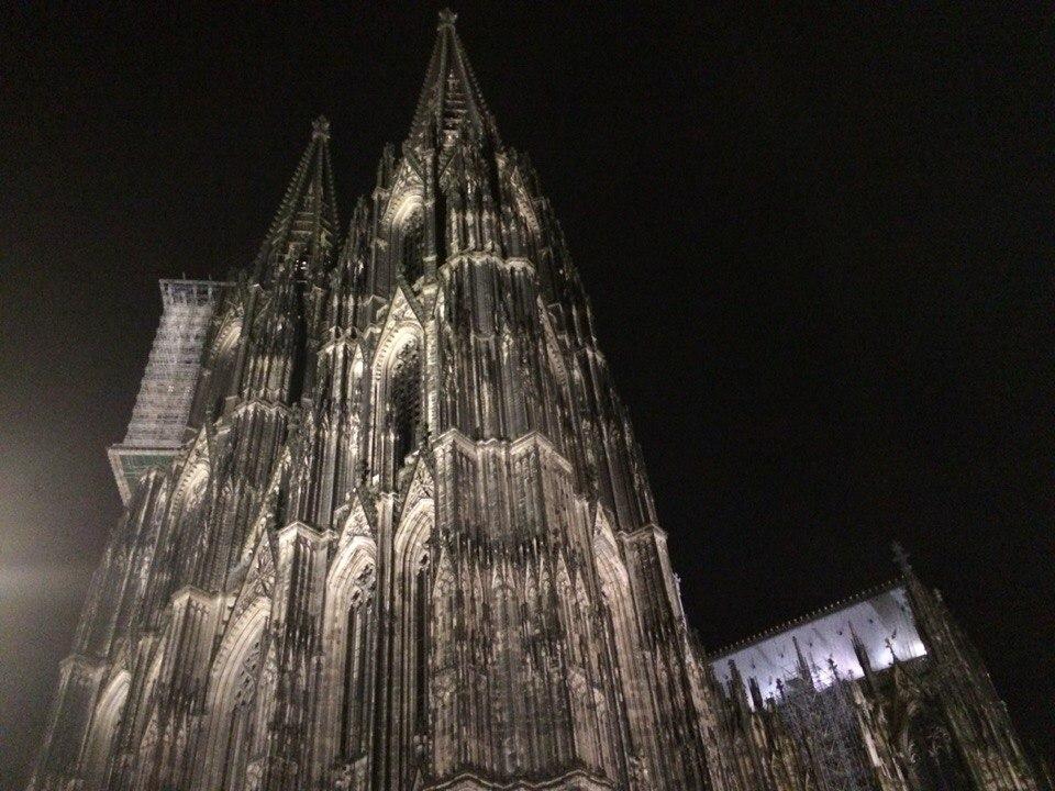 Кёльнский собор,невероятная готика