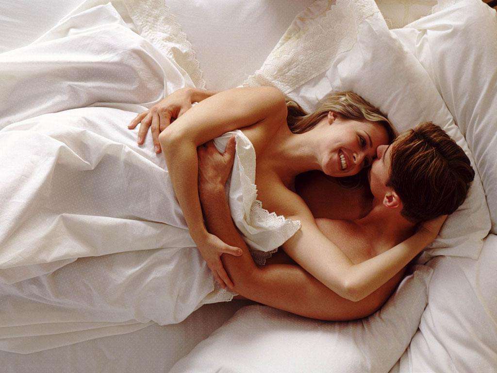 Love night sex vedio nude girl