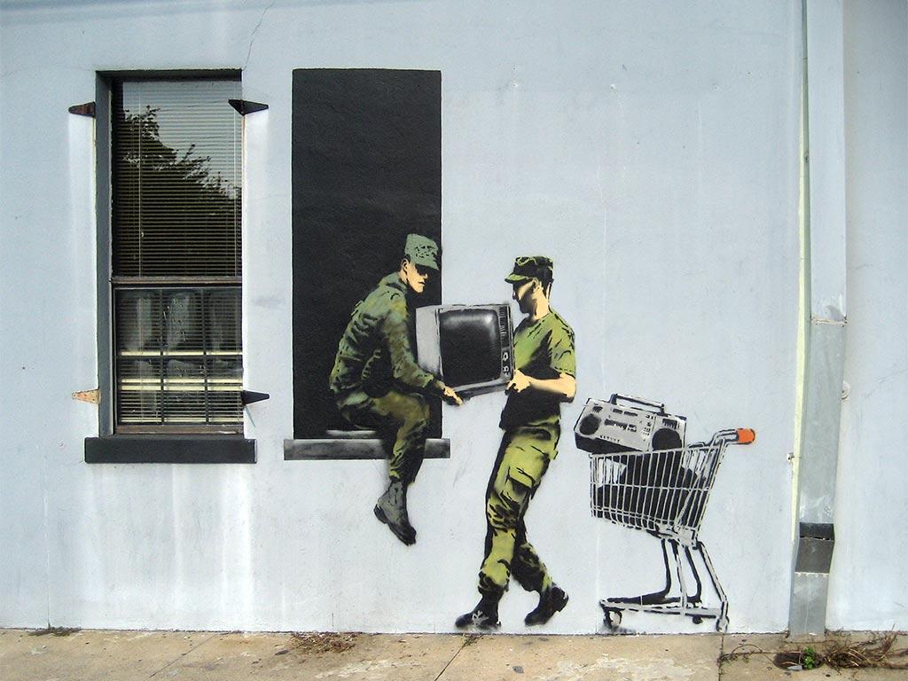 15-looting-soldiers-wallpaper.jpg