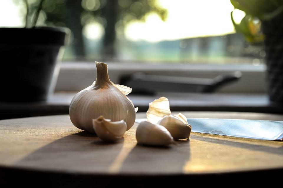 garlic-2881210_960_720.jpg