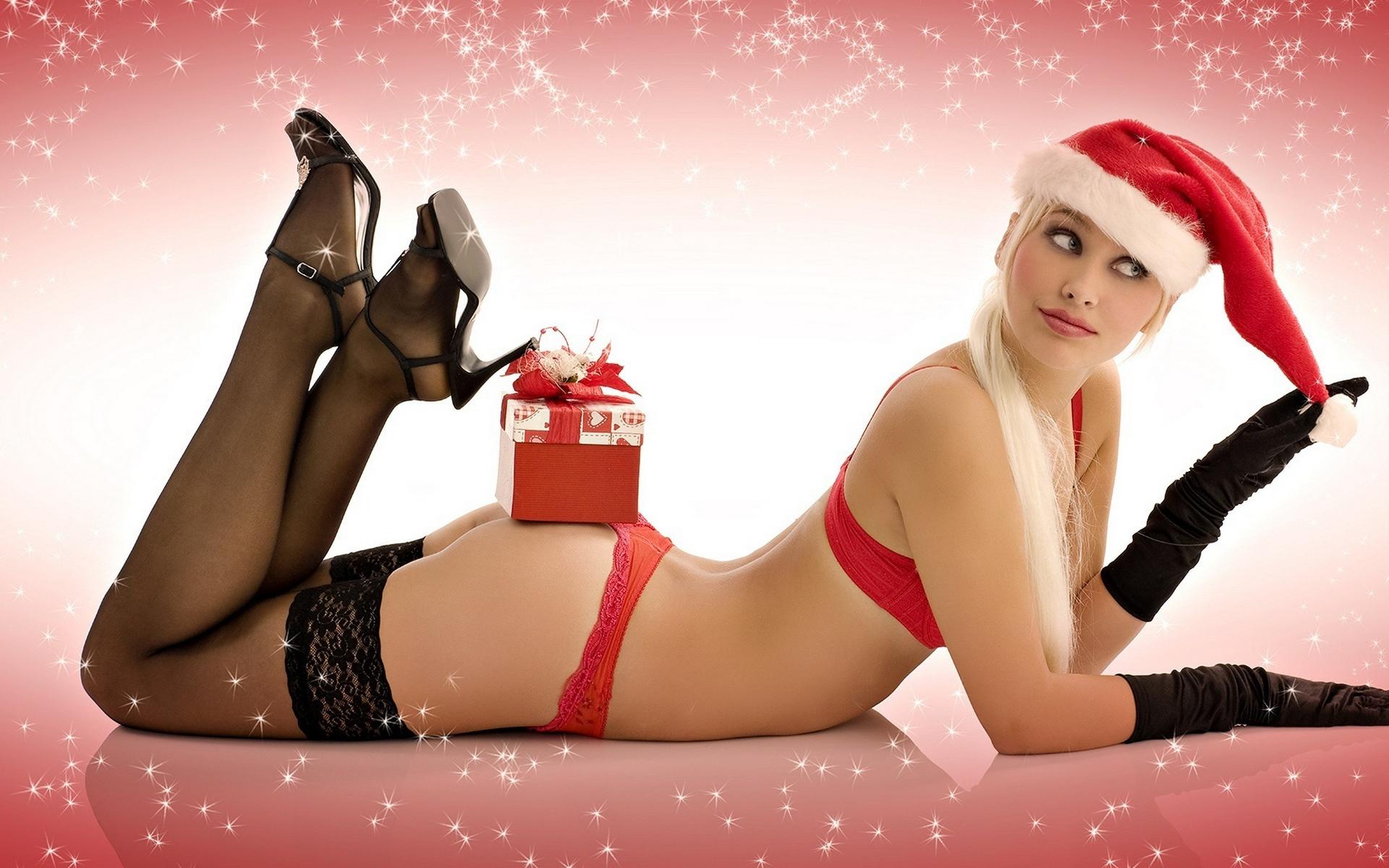 Красивое эротическое фото с новым годом