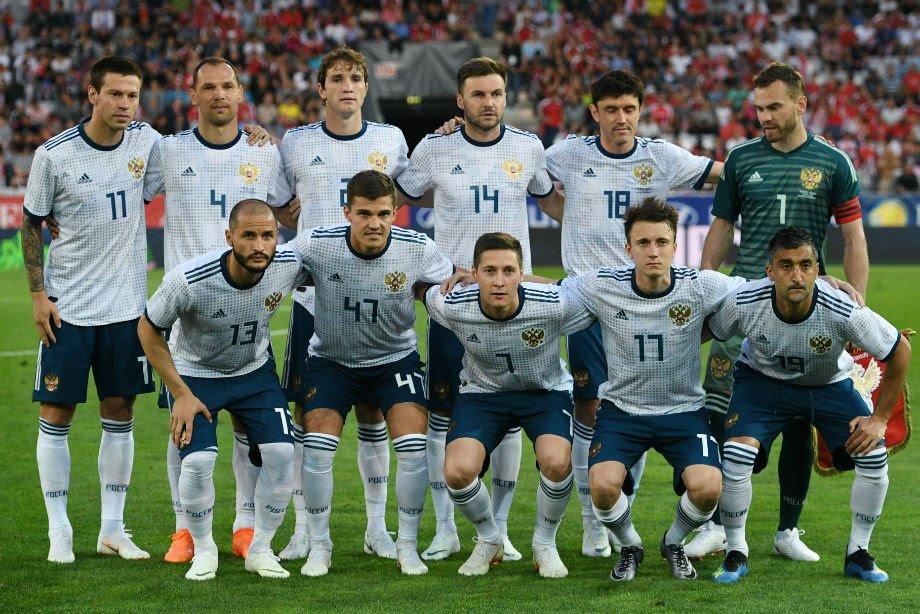 sbornaja-rossii-po-futbolu_15280282542032534850.jpg