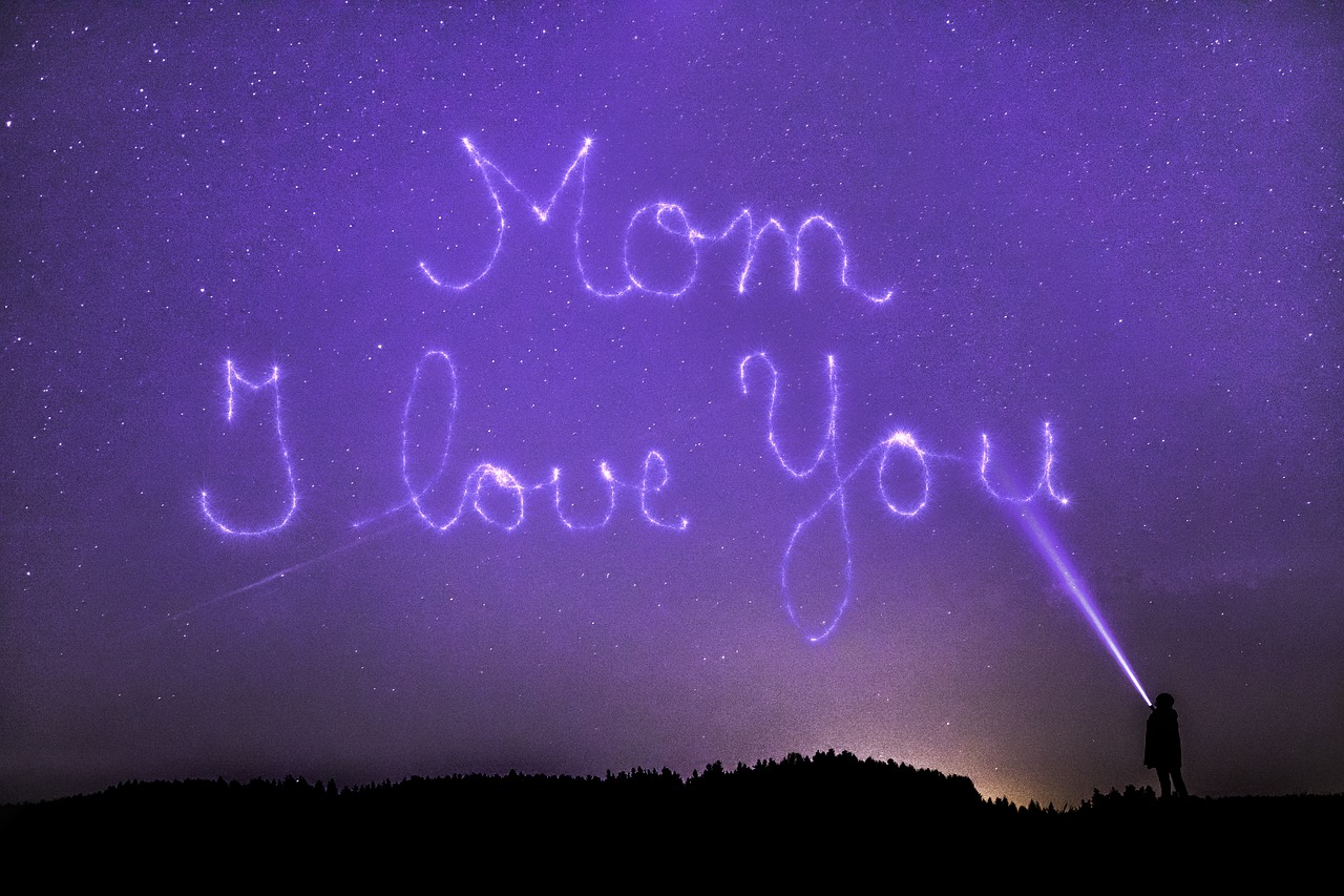 mothers-day-3312770_1280.jpg