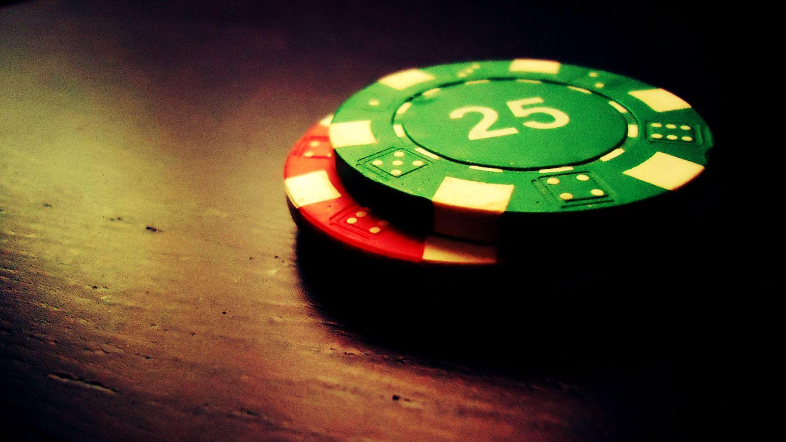 poker-chip-wallpaper-4.jpg