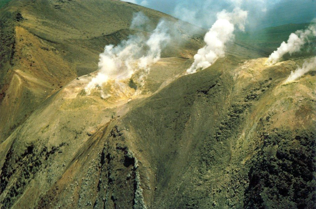 Итуруп - вулкан Кудрявый 2.jpg