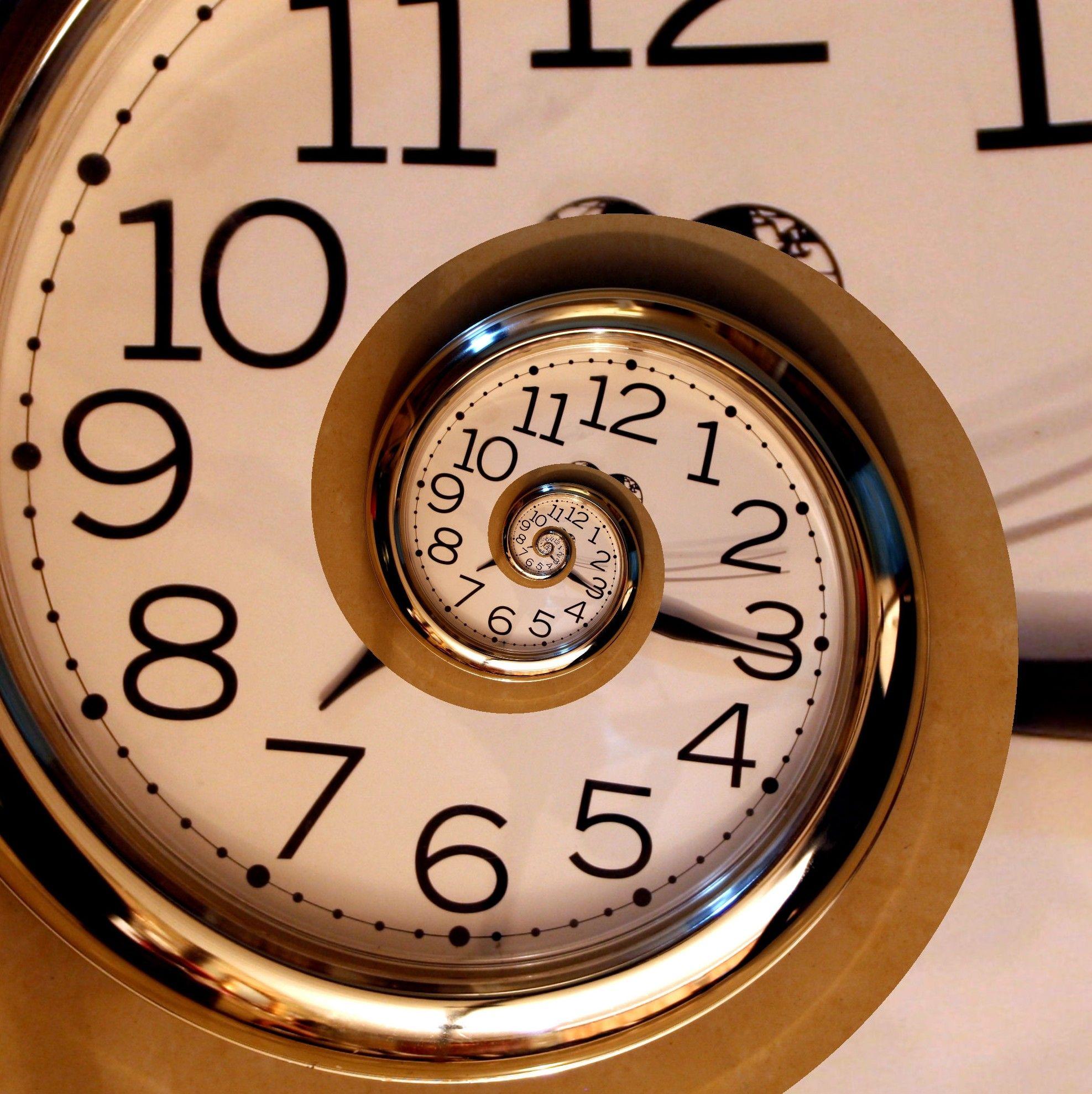 Grandfather-Clock-Tattoo-Graphic-4.jpg