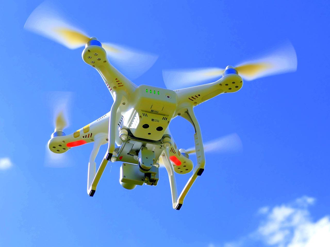 drone-1579120_1280.jpg