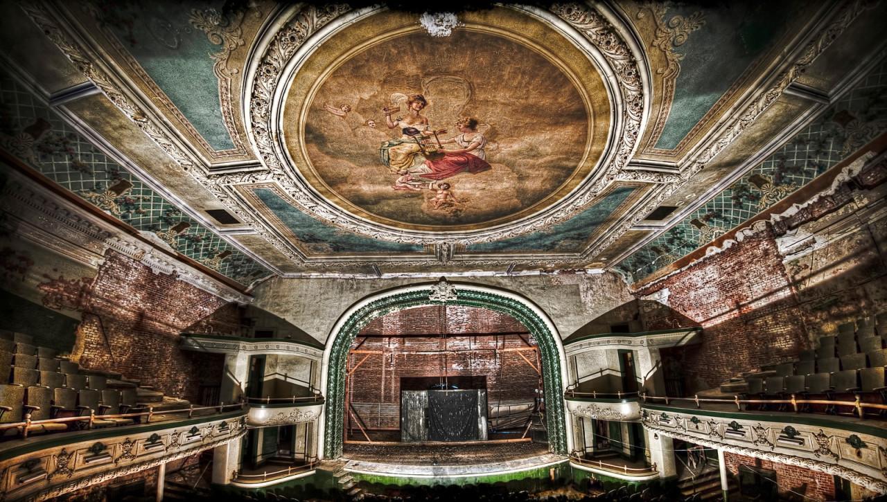 Заброшенный-театр-New-Bedford-Orpheum-Theatre-2.jpg