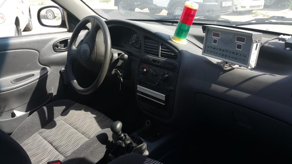Автомобиль внутри