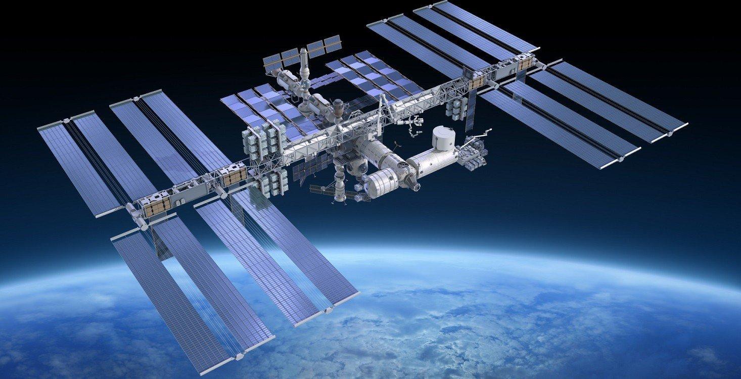 1477575808_o-international-space-station-facebook-2-e1455526625124.jpg