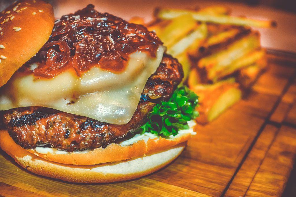 beef-bread-bun-burger-calories-cheese-1418589-pxhere.com small.jpg