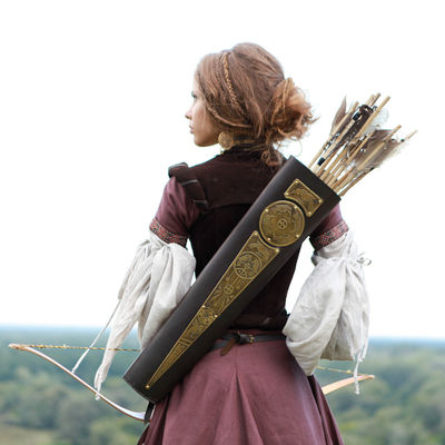 quiver-etched-brass-and-leather-bowman-archer-gear.jpg