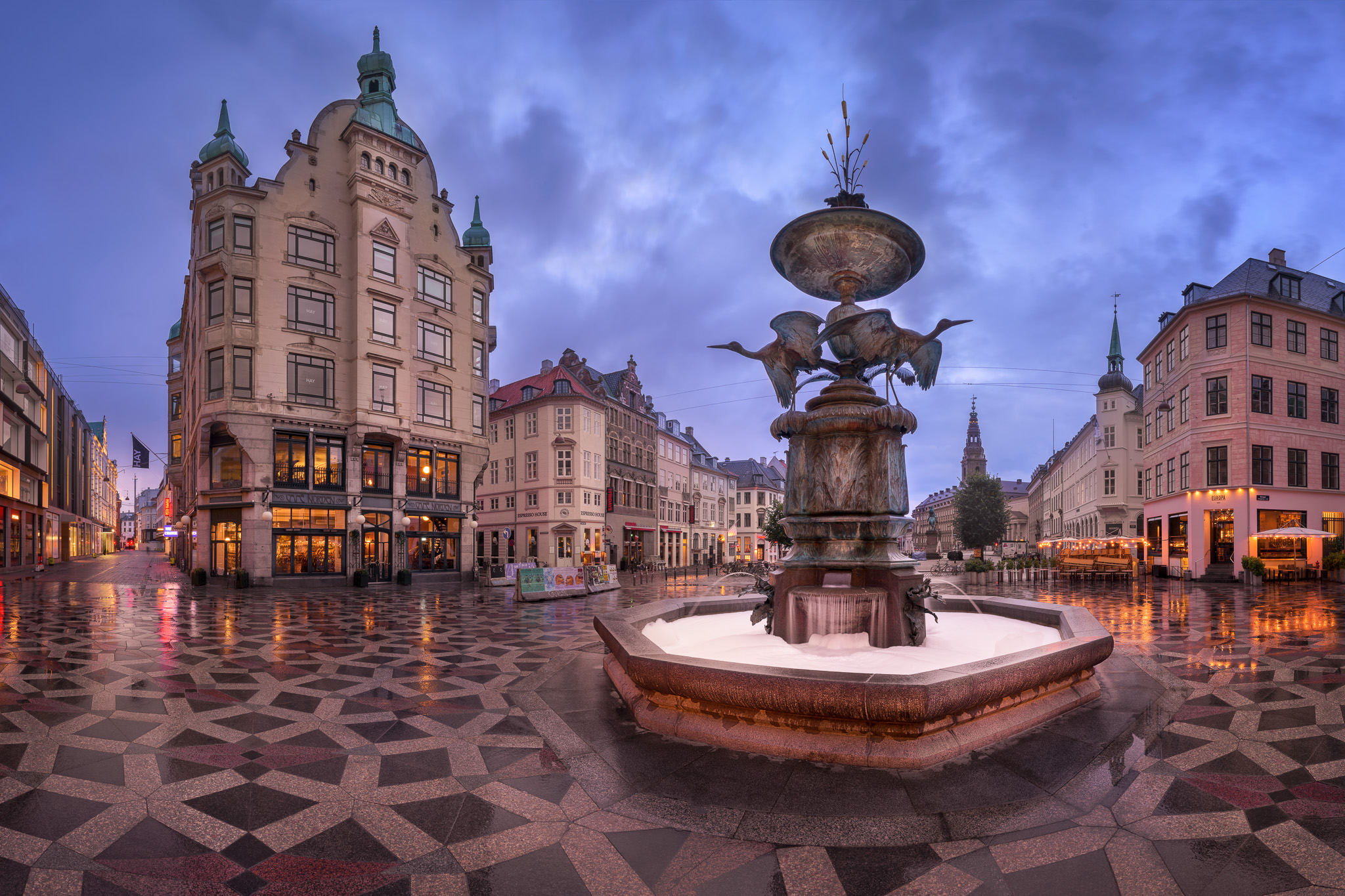 Amagertorv-Square-and-Stork-Fountain-in-the-Morning-Copenhagen-Denmark2.jpg