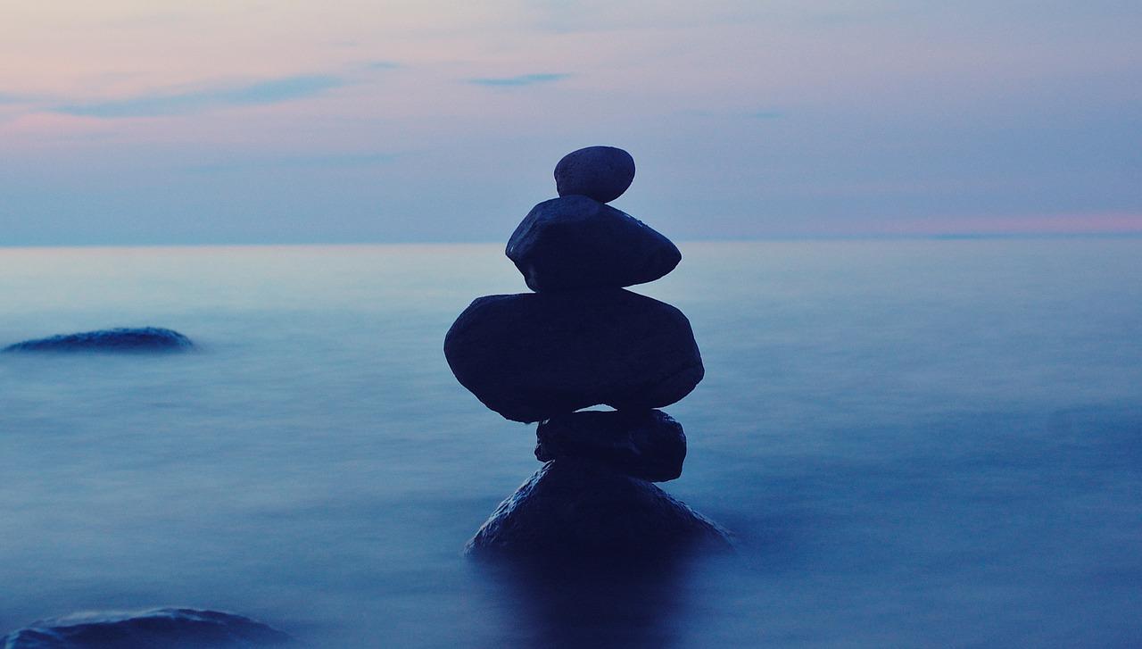 balance-1571954_1280.jpg