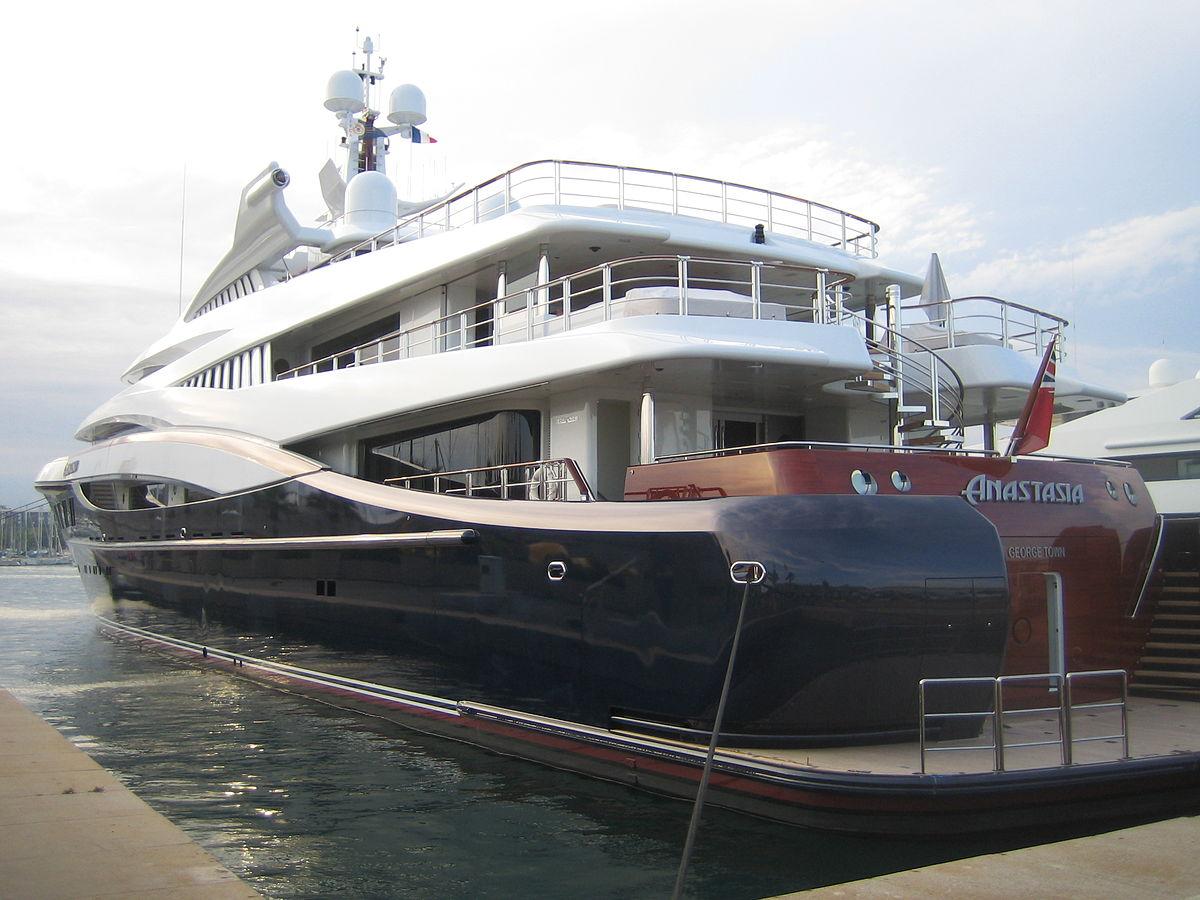 Yacht_Anastasia_08.jpg