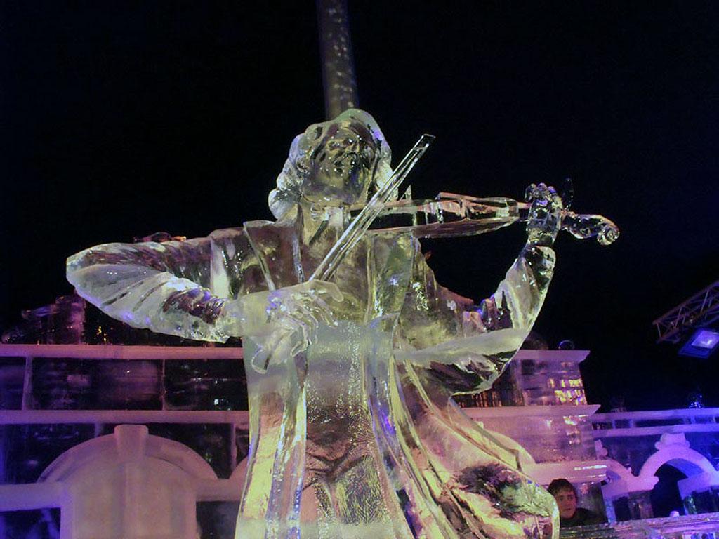 ledyanyie-skulpturyi_5.jpg