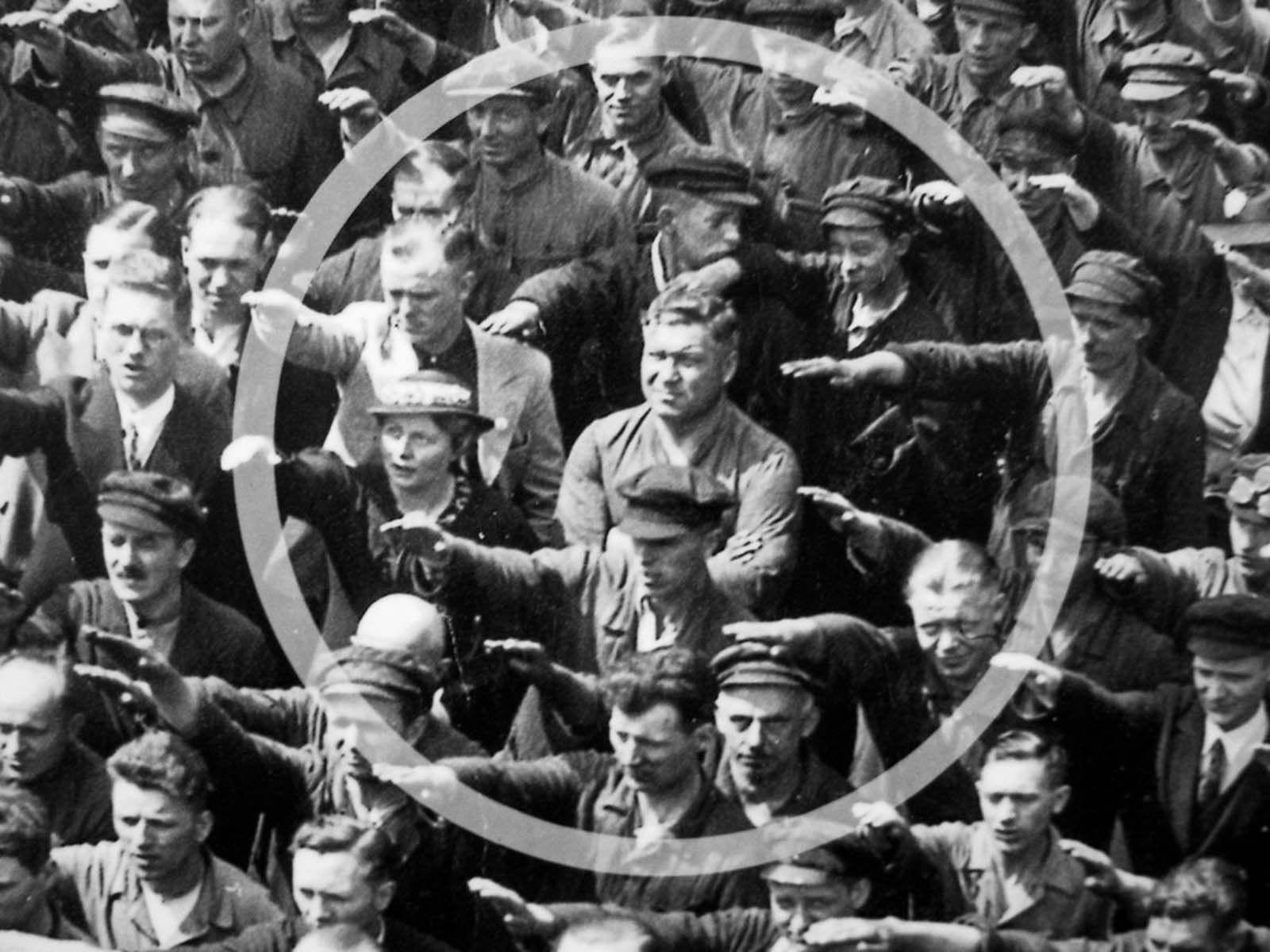 august_landmesser_2.jpg