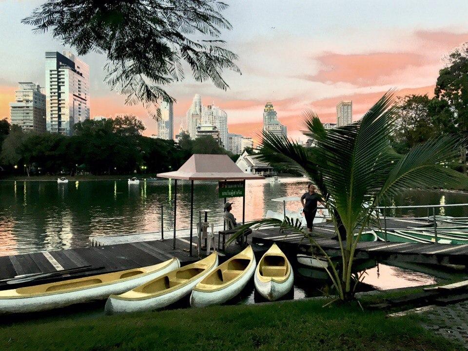 Бангкок-ночные огни-экзотика