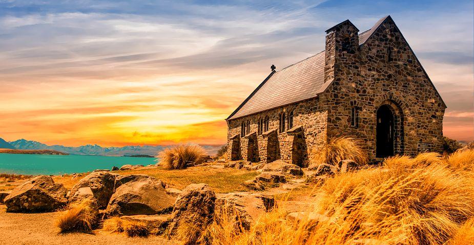 church-2464899__480.jpg