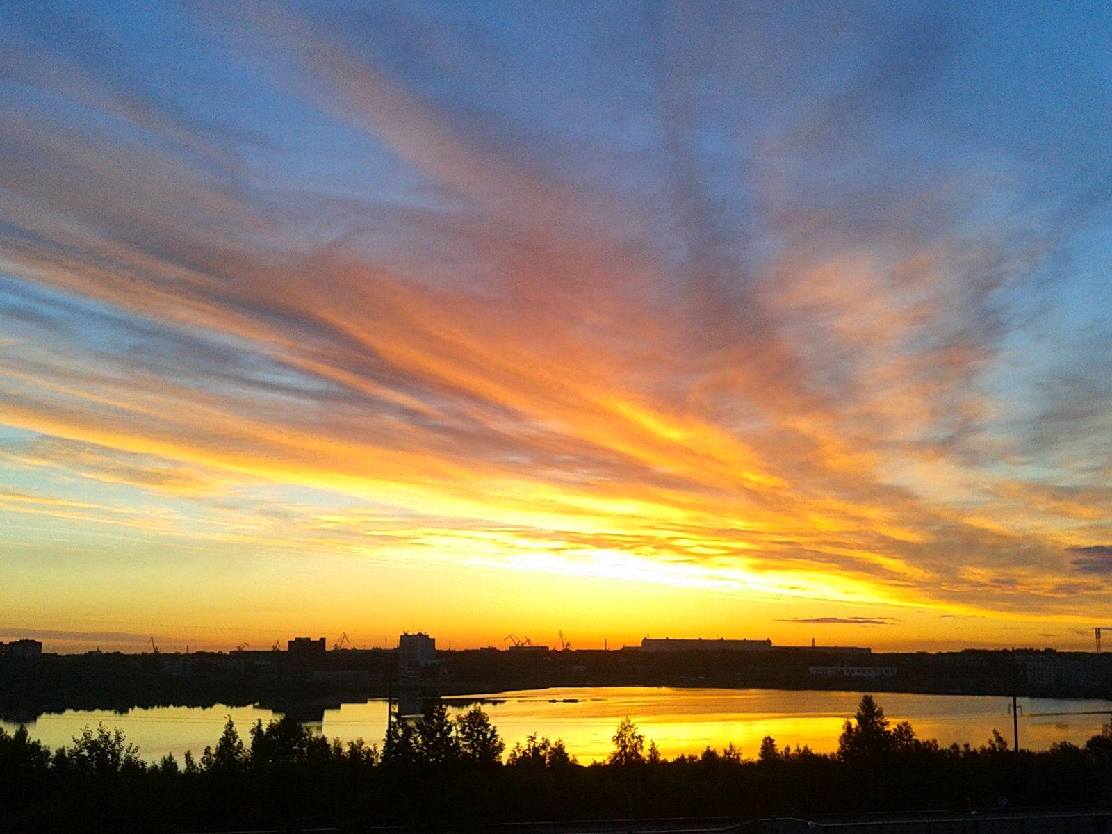 реально фото восхода солнца над ригой ничего
