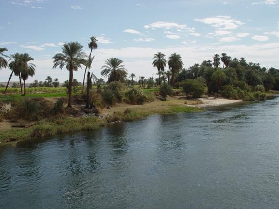 06_02 Scenic Nile River side.jpg