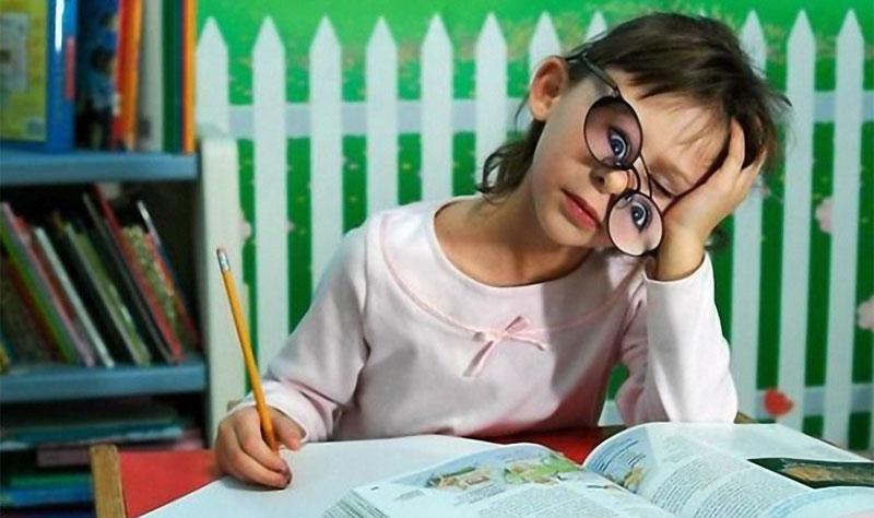 ребенок-плохо-учится.jpg