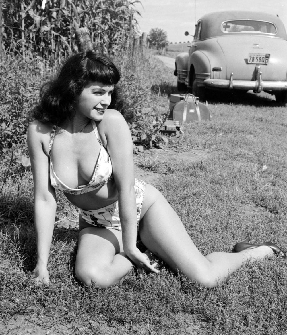 Vintage naked girl pics — photo 5