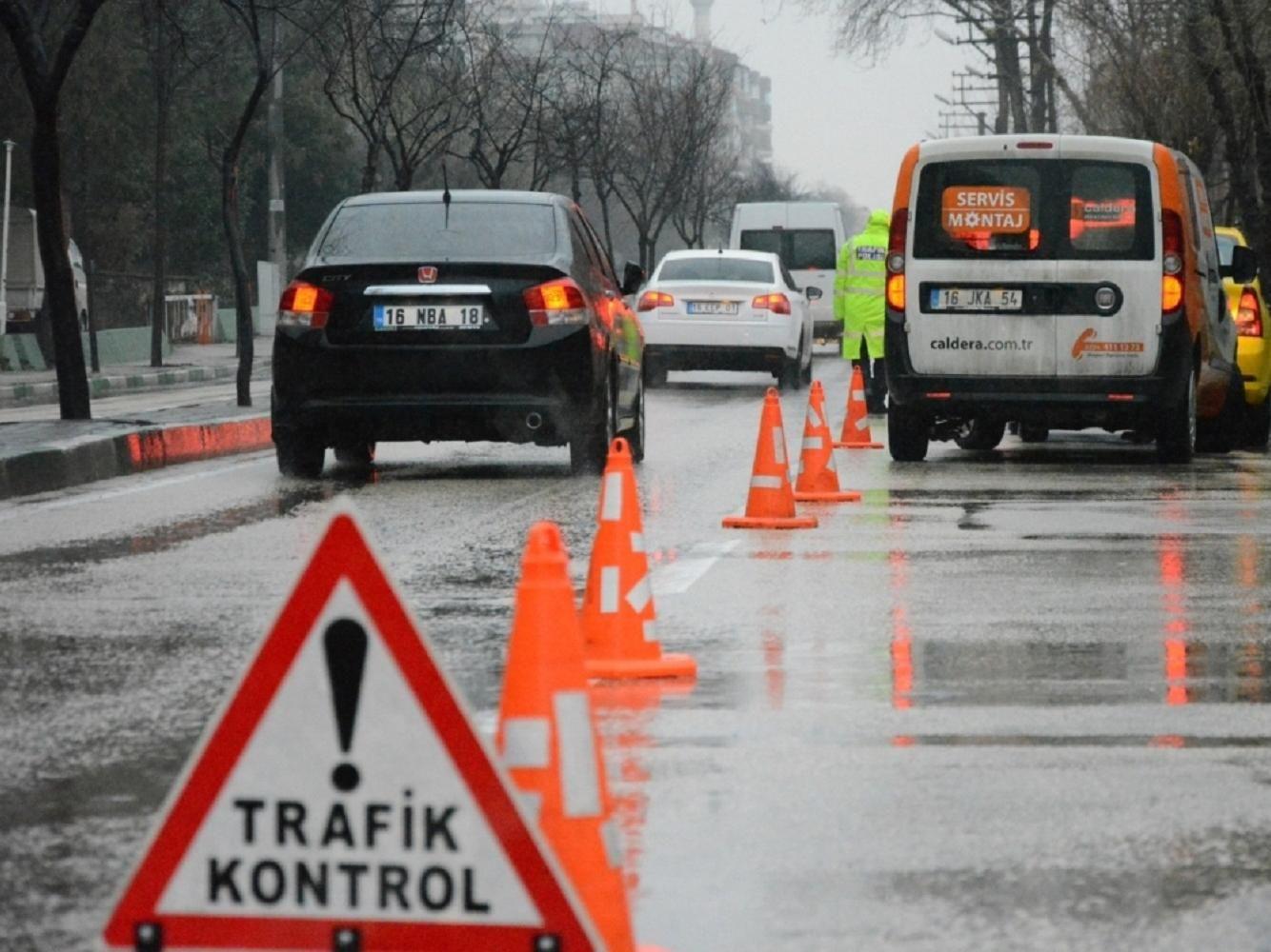 trafik-kontrolu-kis-lastigi-1.jpg
