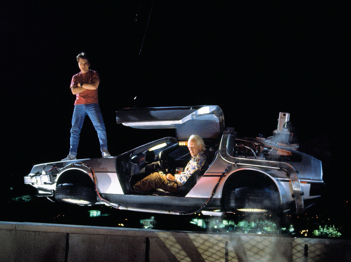 Back-to-the-Future-The-Ultimate-Visual-History-3.jpg