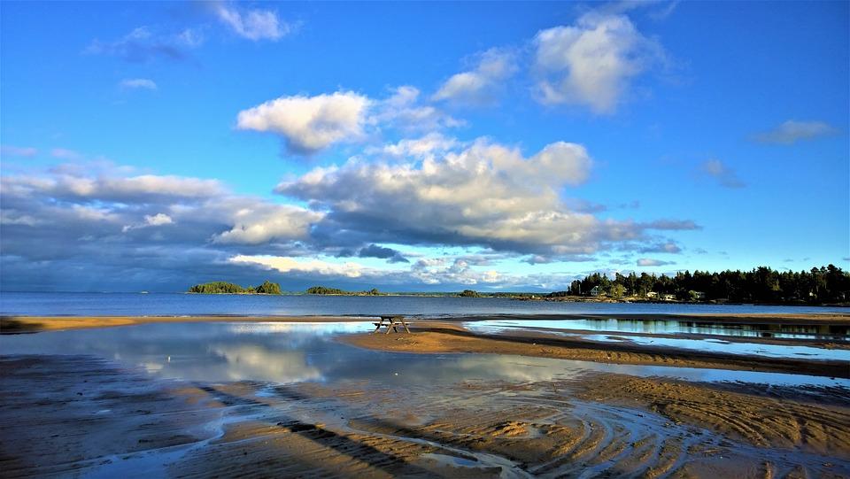 beach-2914447_960_720[1].jpg