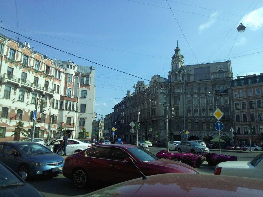 Австрийская площадь в Санкт-Петербурге (Петроградская сторона)